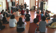 05_rajan_and_nalini_opening_the_social_meditation_leader_training.jpg