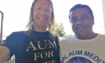 18_rajan_and_dhyan_prem_before_the_aum_meditation.jpg